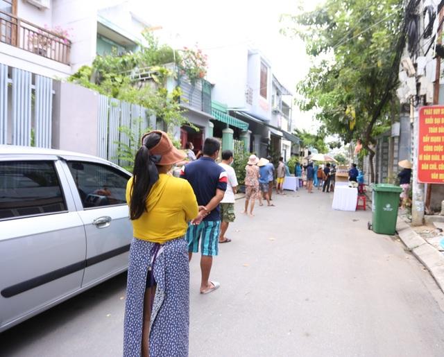 Nữ bệnh nhân Covid-19 ở Đà Nẵng đi tập yoga, đến ngân hàng, siêu thị... - 2