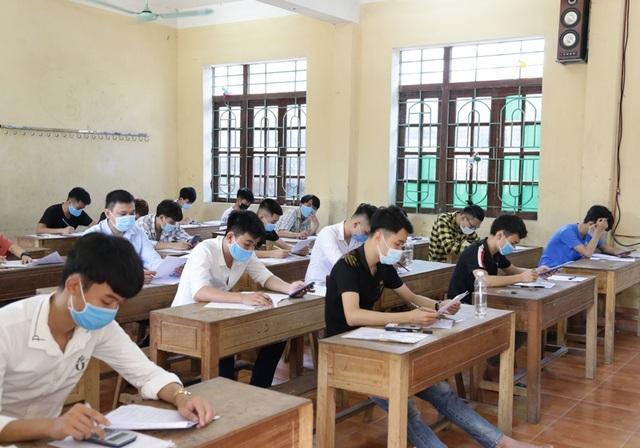 Học sinh Thanh Hóa dự thi 3 môn tuyển sinh vào lớp 10 THPT - 1