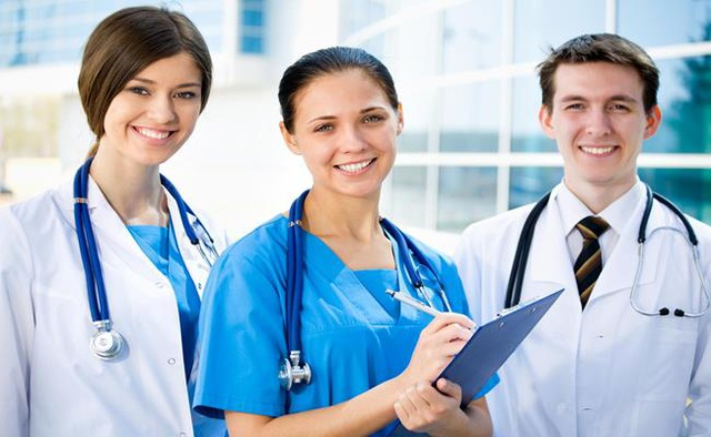 Lương bác sĩ ở quốc gia nào cao nhất? - 10
