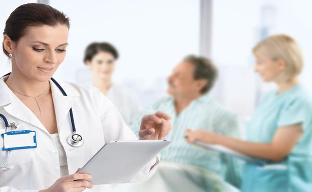 Lương bác sĩ ở quốc gia nào cao nhất? - 4