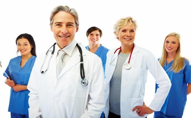 Lương bác sĩ ở quốc gia nào cao nhất? - 6