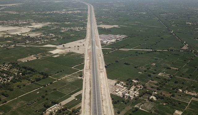 Trung Quốc làm dự án đường sắt 6,8 tỷ USD tại khu vực tranh chấp với Ấn Độ - 2