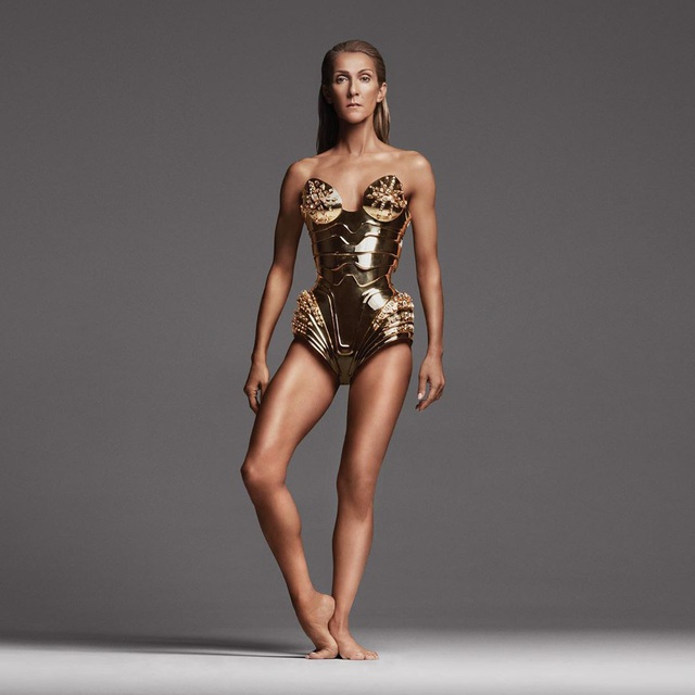 Celine Dion khoe thân hình thon gọn, săn chắc ở tuổi 52 - 1