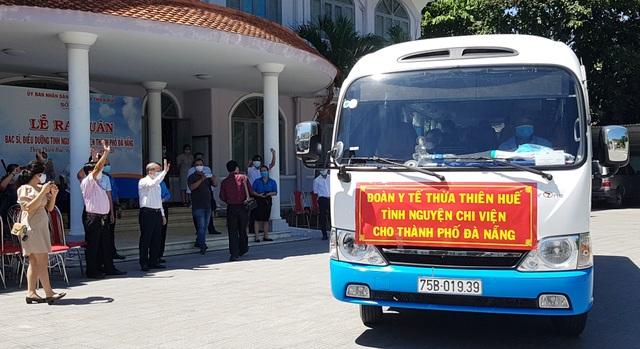 Đoàn y bác sĩ Thừa Thiên Huế ra quân chi viện Đà Nẵng chống Covid-19 - 6