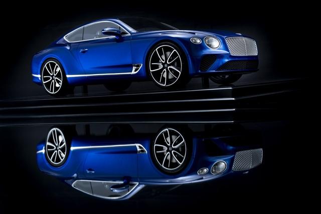 Cận cảnh chiếc xe Bentley mô hình 1:8 làm lâu công hơn cả ô tô thật - 8