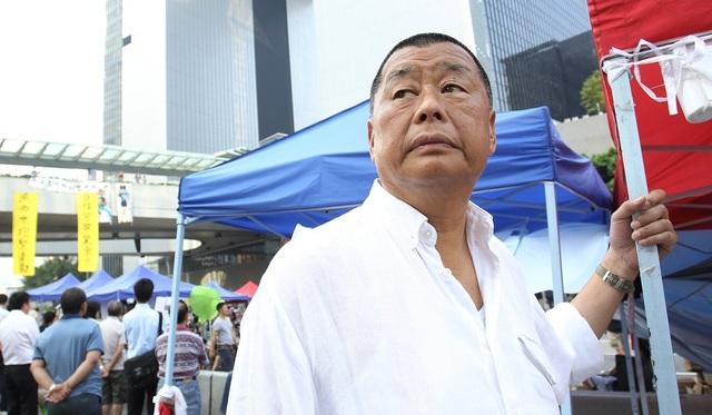 Ông trùm truyền thông Hong Kong bị bắt theo luật an ninh quốc gia mới - 1