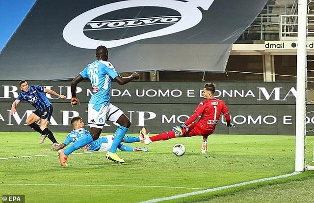 HLV Lampard đưa 5 ngôi sao vào tầm ngắm để gia cố hàng thủ Chelsea - 5