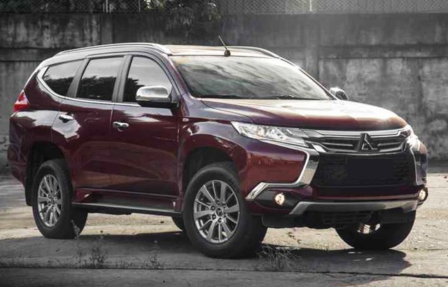 Sau Ford Everest, đến lượt Mitsubishi Pajero Sport giảm giá 200 triệu - 1