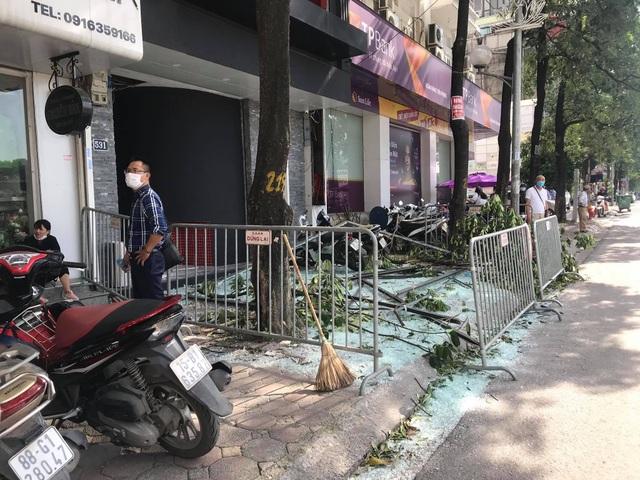 Hà Nội: Nổ lớn tại nhà hàng Nhật Bản, 3 người bị thương - 1