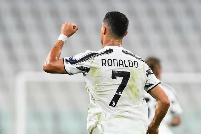 """Juventus """"an ủi"""" C.Ronaldo bằng giải thưởng cá nhân - 2"""