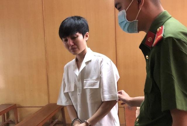 Rủ tiếp viên về ngủ qua đêm, người đàn ông Hàn Quốc bị mất đồng hồ Rolex - 1