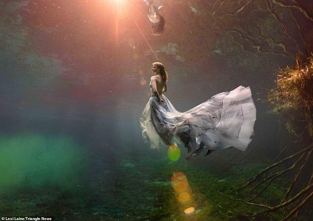 """Vẻ đẹp của những bức ảnh đưa người xem bước vào """"thế giới khác"""" - 8"""