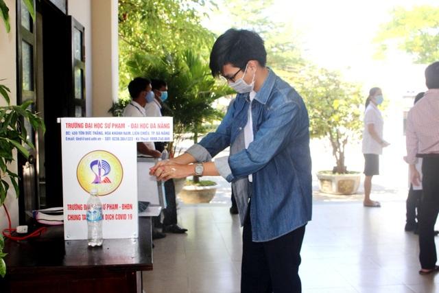 Quảng Nam: Tổ chức kỳ thi tốt nghiệp THPT an toàn giữa lúc dịch bùng phát - 1