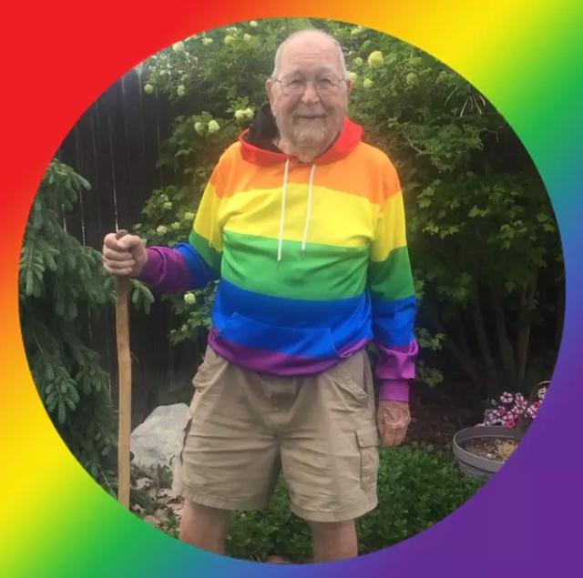 Cụ ông 90 tuổi công khai giới tính thật sau nhiều thập kỷ giữ bí mật - 2