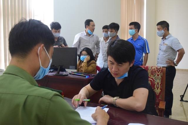 Phá chuyên án bắt nhóm người nghi Trung Quốc đánh bạc 35 tỷ - 1