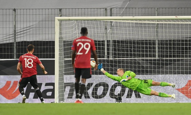 13 pha cứu thua xuất thần của thủ thành Copenhagen trước Man Utd - 6