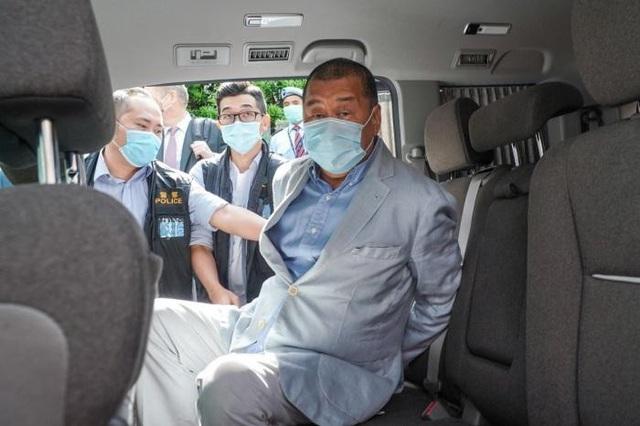 Ông trùm truyền thông Hồng Kông bị bắt, cổ phiếu vẫn tăng phi mã 344% - 2