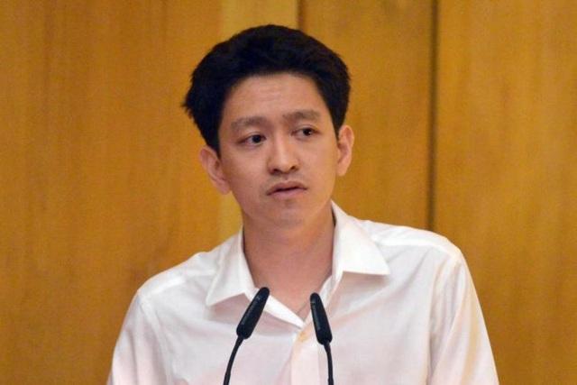 Cháu nội ông Lý Quang Diệu nộp phạt 11.000 USD vì bài đăng trên Facebook - 1