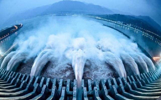 Trung Quốc muốn thống lĩnh dự án xây siêu đập thủy điện lớn nhất thế giới - 1