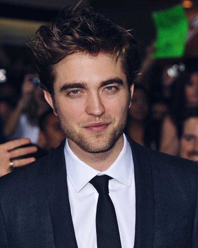 """""""Người đẹp trai nhất thế giới"""" Robert Pattinson làm gì sau """"Chạng vạng""""? - 3"""