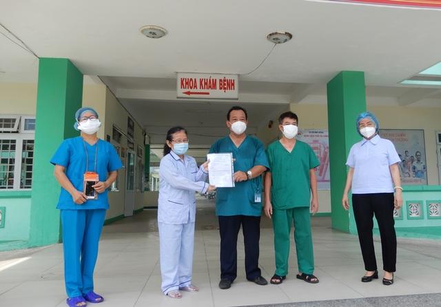 Đà Nẵng: Bệnh nhân Covid-19 thứ 5 được xuất viện - 1