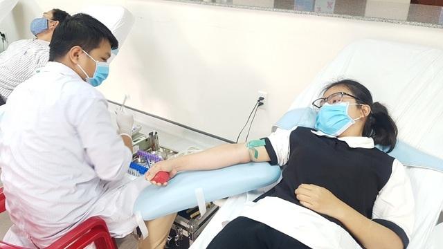 Bệnh viện Trung ương Huế thiếu nguồn máu điều trị do dịch Covid-19 - 1