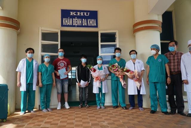 Bệnh nhân Covid-19 người Serbia: Y bác sĩ chăm sóc tôi như người thân - 1