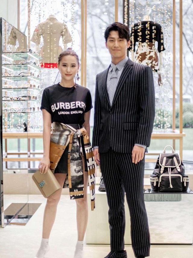 Hình ảnh ngọt ngào của tài tử Đậu Kiêu bên con gái vua sòng bạc Macau - 4