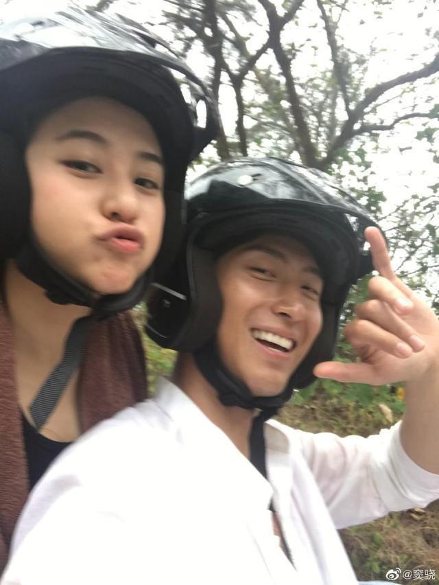 Hình ảnh ngọt ngào của tài tử Đậu Kiêu bên con gái vua sòng bạc Macau - 10