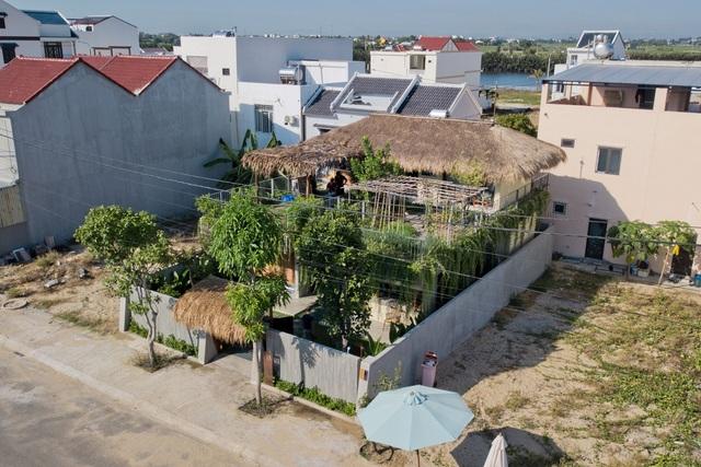 Loạt nhà mái lá ấn tượng của Việt Nam, báo Tây cũng khen nức nở - 9
