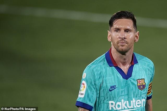 Người hâm mộ Barcelona lo lắng khi Messi mua nhà ở Milan - 1