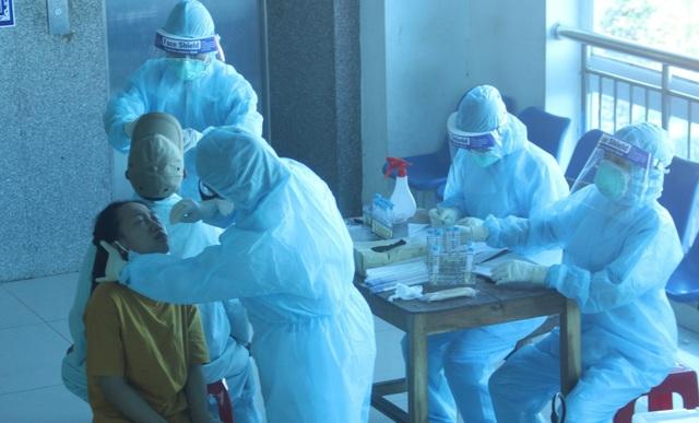 1.600 mẫu xét nghiệm y bác sĩ, bệnh nhân đều âm tính với SARS-CoV-2 - 2