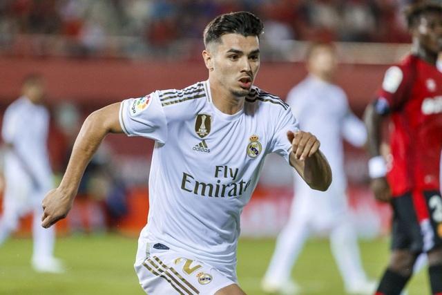 Real Madrid mua cầu thủ thời hậu C.Ronaldo: Thất bại toàn diện - 11