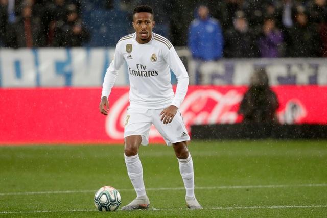 Real Madrid mua cầu thủ thời hậu C.Ronaldo: Thất bại toàn diện - 5