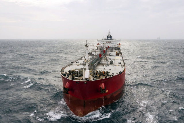 Ấn Độ ngừng thuê tàu Trung Quốc vận chuyển dầu - 1