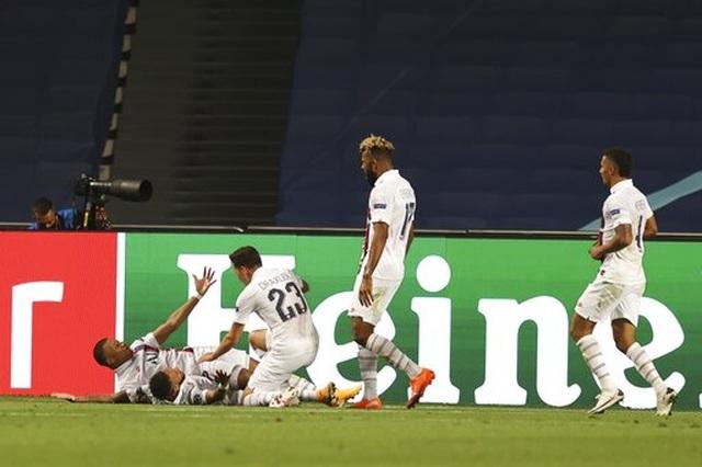 Ngược dòng khó tin trước Atalanta, PSG lọt vào bán kết Champions League - 9