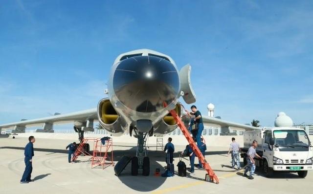 Trung Quốc bị nghi đưa máy bay ném bom trái phép đến đảo Phú Lâm - 1