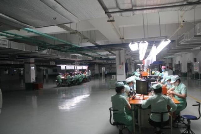 Giám sát công tác chống dịch Covid-19 tại các nhà máy có nhiều lao động - 2