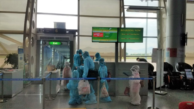 Vietjet đưa hơn 800 khách từ tâm dịch Đà Nẵng trở về nhà - 2