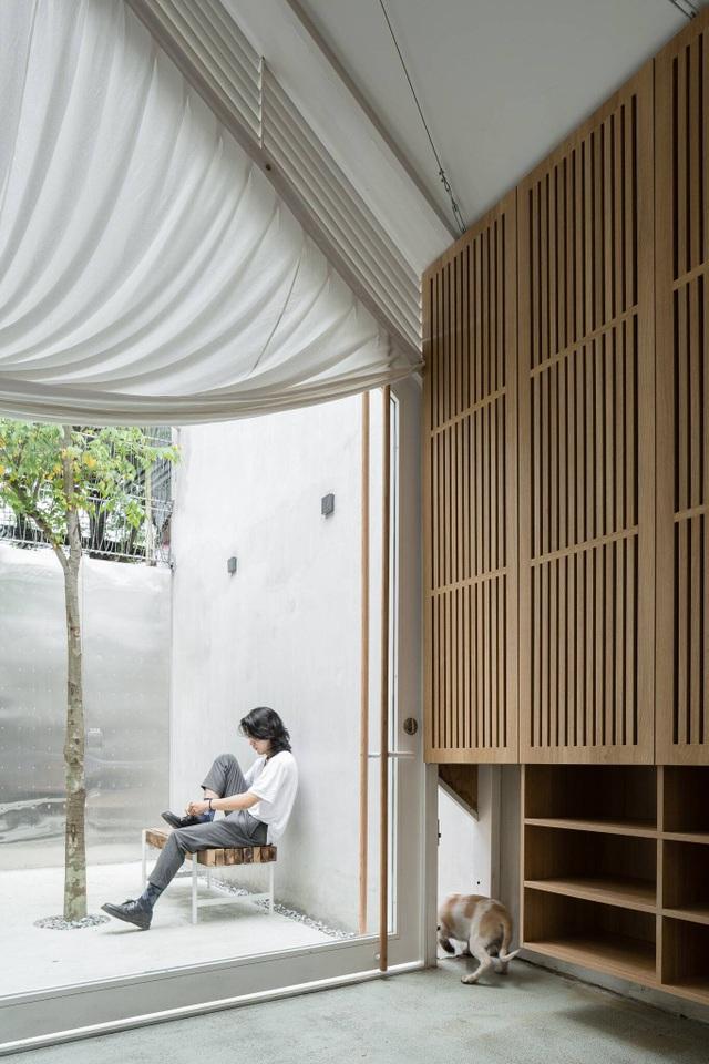 """Cuộc sống bên trong căn nhà """"có chiều dài bằng 10 lần chiều rộng"""" ở Sài Gòn - 4"""