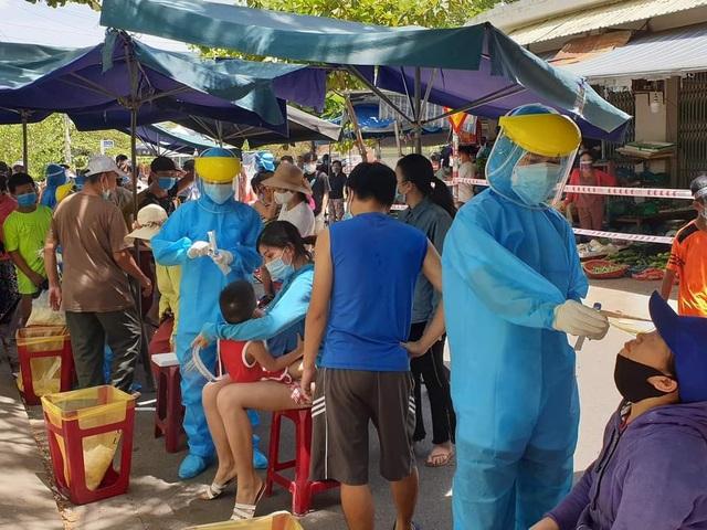 Đà Nẵng dừng hoạt động chợ Nại Hiên Đông vì có 3 ca mắc Covid-19 - 1