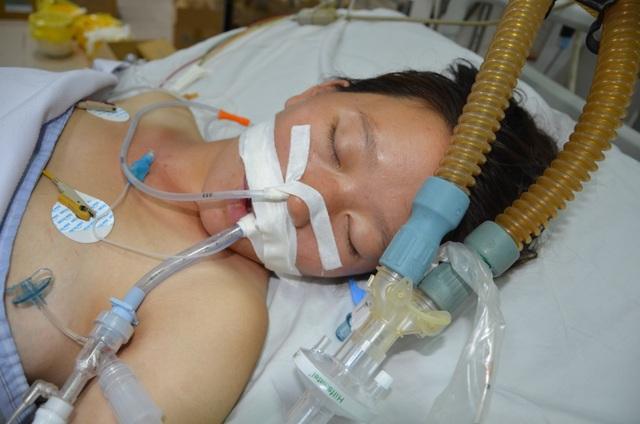 Xót xa sản phụ bất ngờ sinh tại bệnh viện Bệnh Nhiệt đới Trung ương - 1