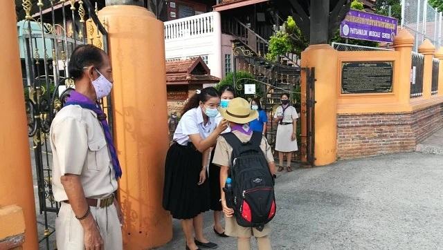 """Trường học Thái Lan tái mở cửa sau 5 tháng """"đóng băng"""" do Covid-19 - 2"""