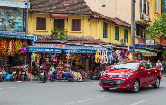 Tại sao Toyota Vios được nhiều người lần đầu mua ô tô lựa chọn? - 2