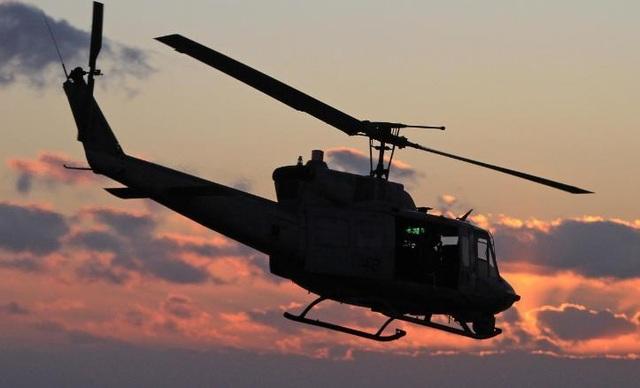 Trực thăng quân sự Mỹ hạ cánh khẩn cấp vì trúng đạn gần Washington - 1