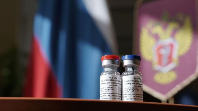 Hé lộ giá vắc xin ngừa Covid-19 của Nga - 1
