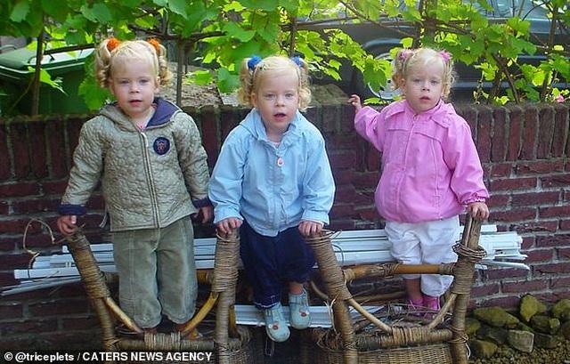Cuộc sống kỳ lạ của ba chị em giống hệt nhau - 3