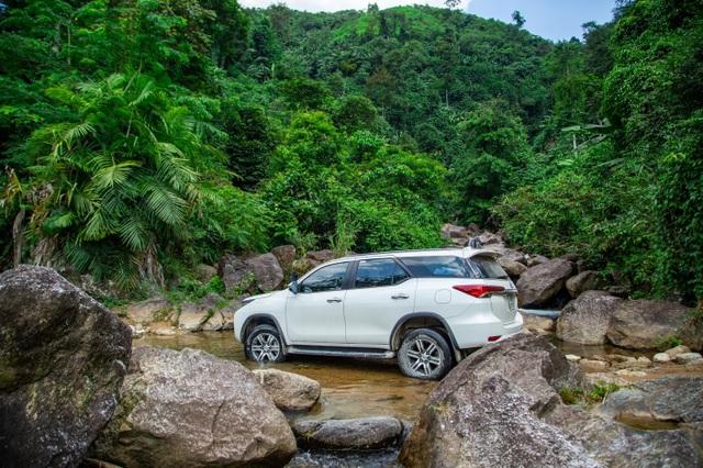 """Toyota Việt Nam ưu đãi """"khủng"""" cho khách mua xe Fortuner - 4"""