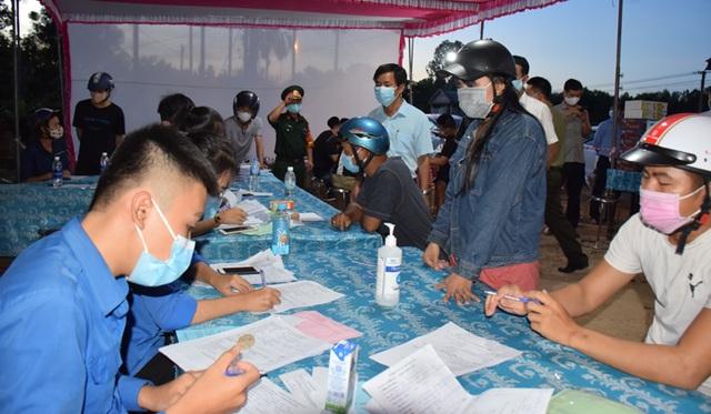 Thừa Thiên Huế không tiếp nhận công dân 5 vùng có dịch Covid-19 - 1