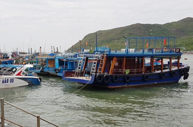 Nha Trang: Tàu du lịch nằm bờ, di tích Chăm vắng vẻ do dịch Covid-19 - 6